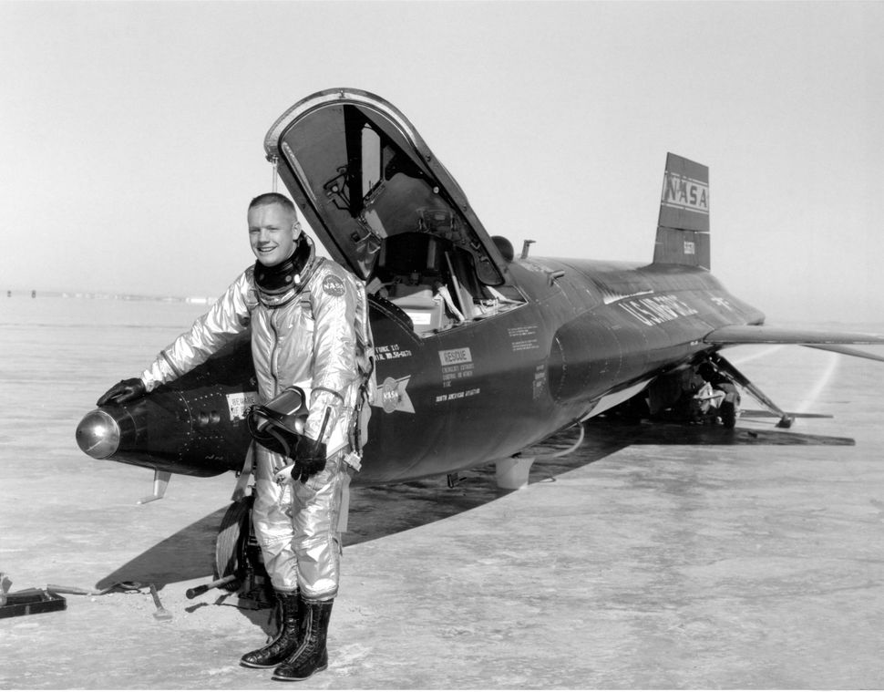 Neil Armstrong with X-15 aircraft